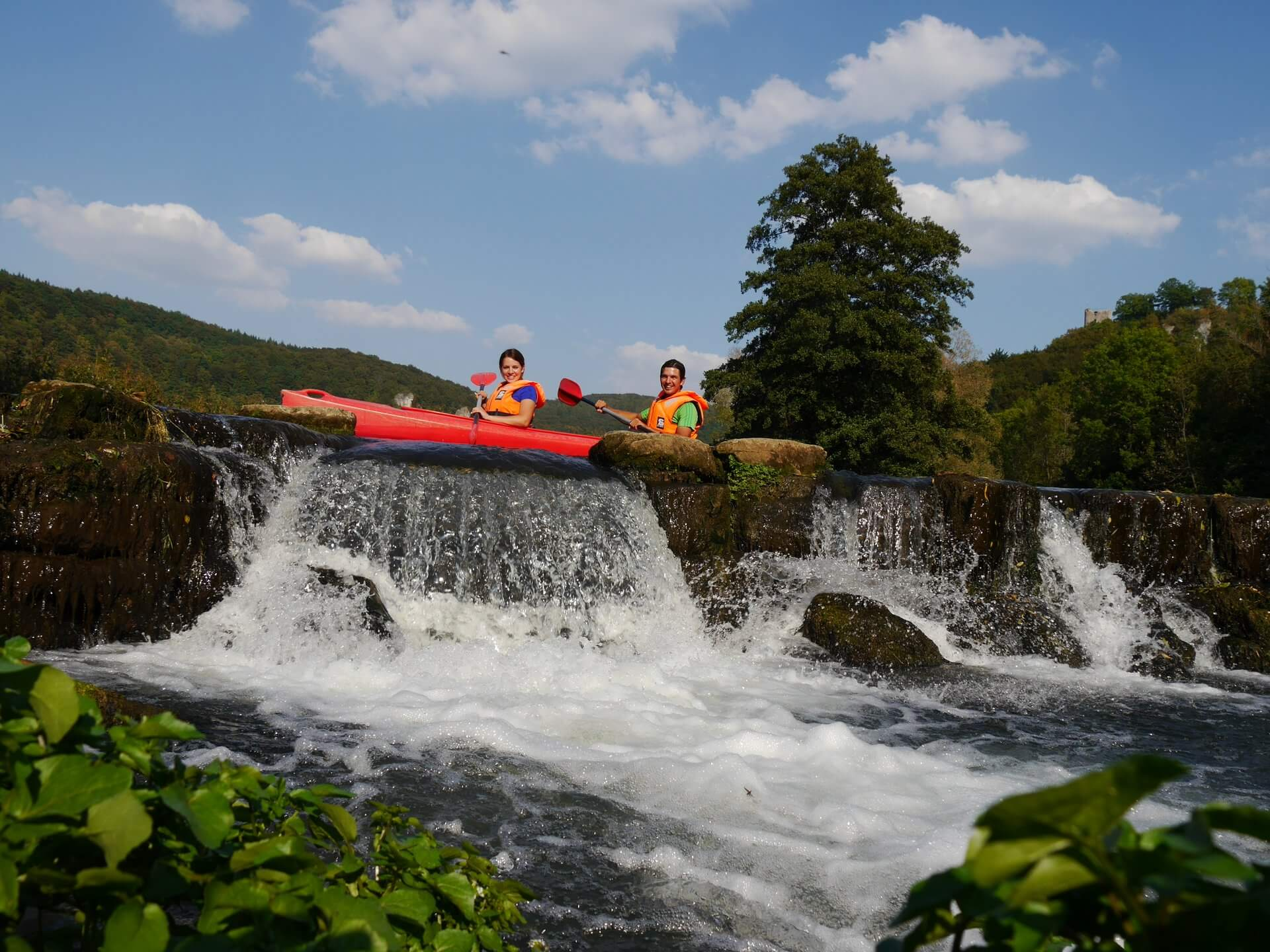 Enjoy the Franconian landscape during a kayaking tour...