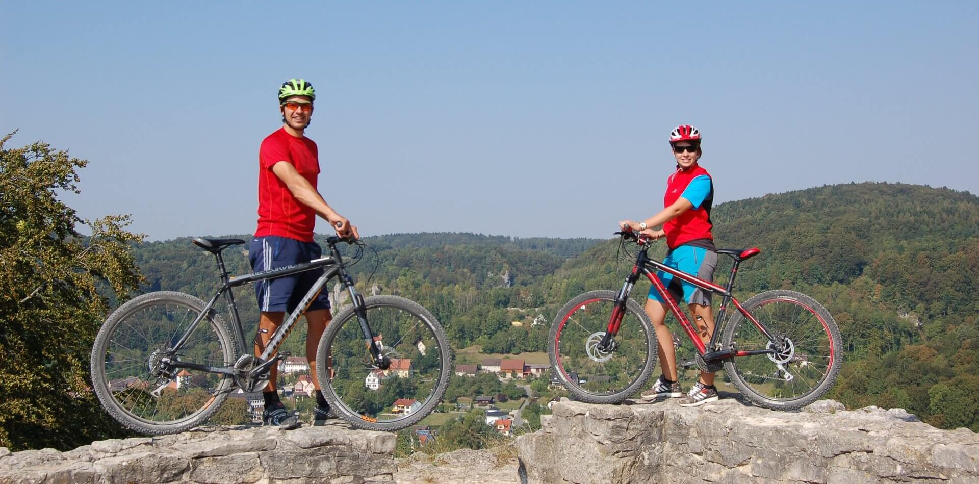 Rent a mountain bike and enjoy the panorama view in 'Franconian Switzerland'...