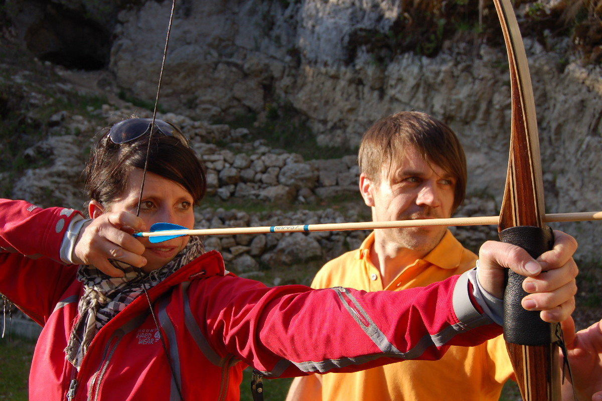 Enjoy an archery course in 'Franconian Switzerland'...
